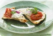 Image of Pita Crisps With Feta, Spinach And Roasted Tomatoes, Nabisco World